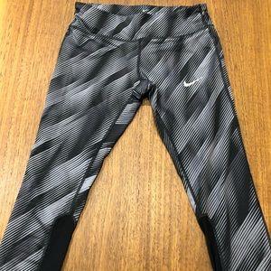 Nike cropped leggings.